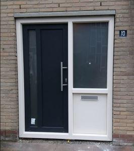 Wonderlijk Aanbieding, verdiept kwaliteits kunststofkozijn met voordeur in 50 DN-81