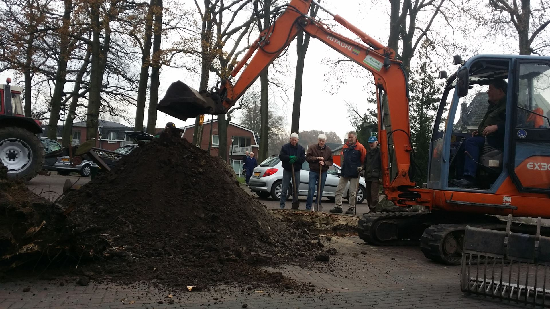 De Droadneagels zijn verplaatst naar een prominente plek op het Dorpsplein.