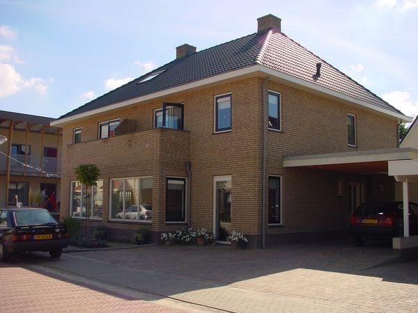 2-onder-1 kap woning Rotertkamp Lonneker