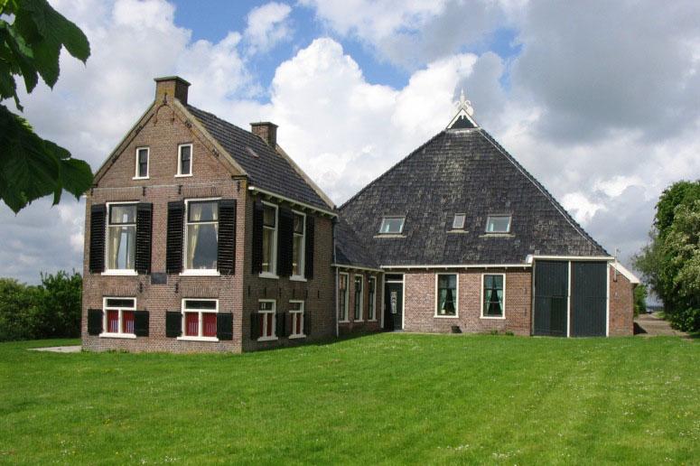 Vakantiewoningen Friesland - Woonboerderij tot 10 personen