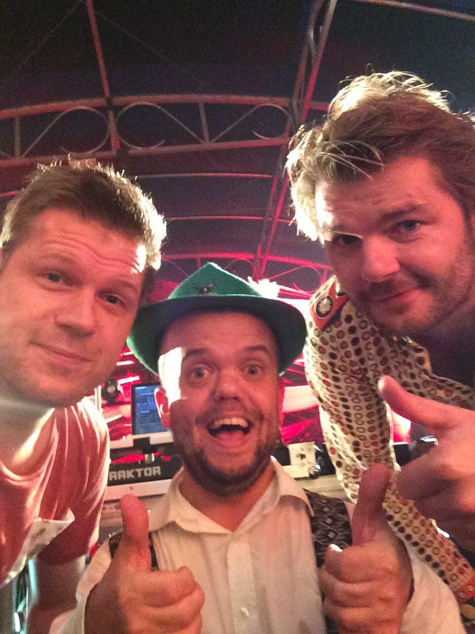 DJ Timmie Tirol met Coen en Sander