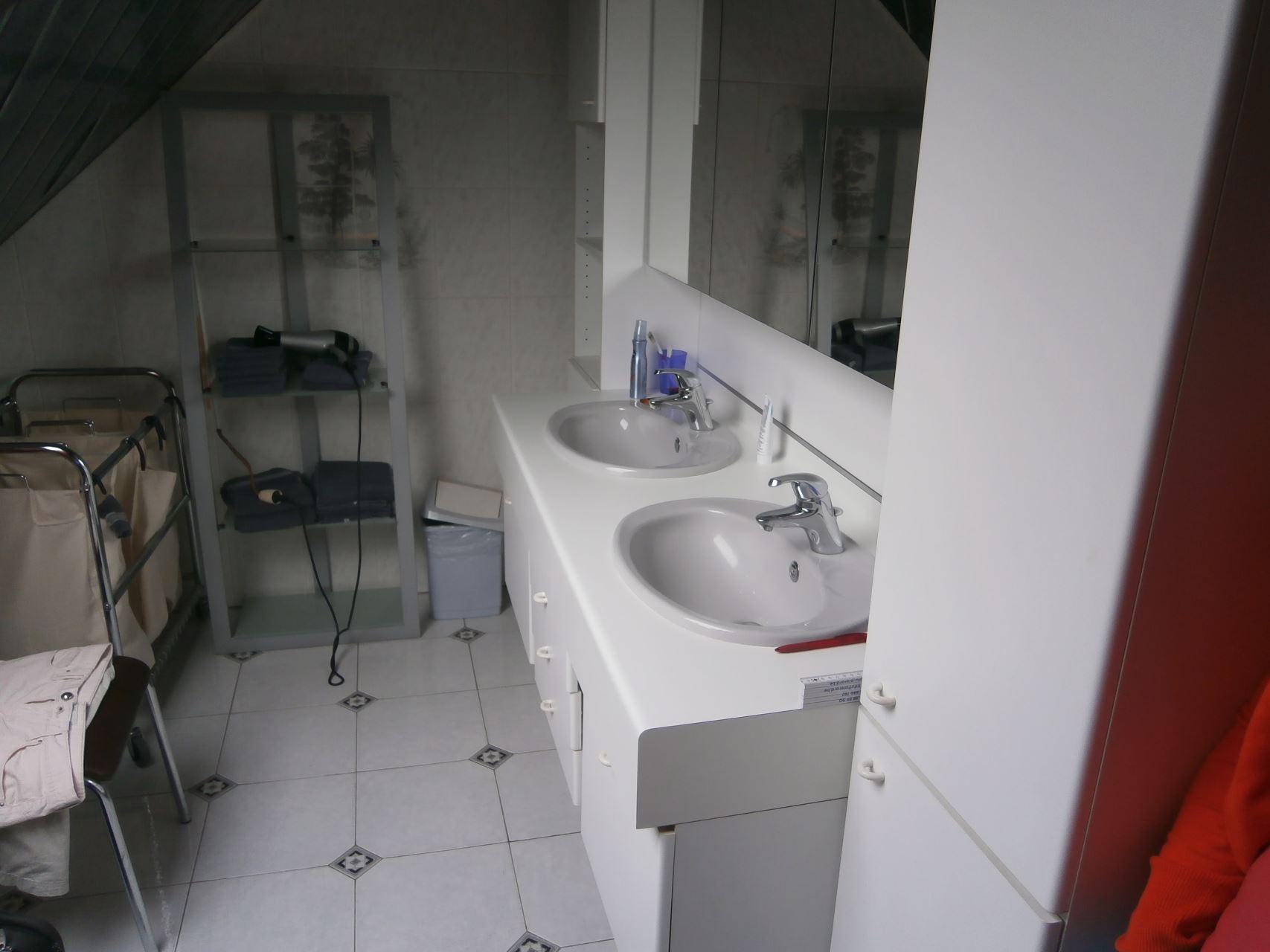 Renovatie Badkamer Ieper : Volledige renovatie van een badkamer te wolvertem bubbles co