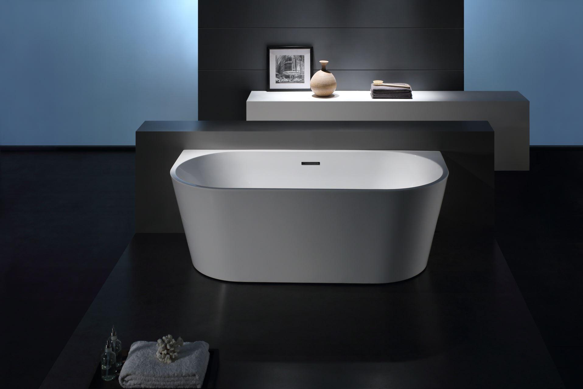 Half Vrijstaand Bad : Prachtig vrijstaand bad gemaakt duurzaam acryl verstevigd met