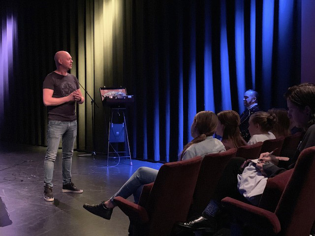 Mathijs_van_den_Brink_Collegetour